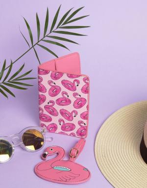 Skinnydip Обложка для паспорта и багажная бирка с фламинго. Цвет: мульти