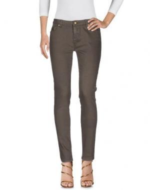 Джинсовые брюки DUCK FARM. Цвет: зеленый-милитари