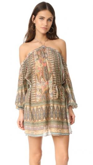 Платье Mystic с американской проймой Ministry of Style. Цвет: мистический принт