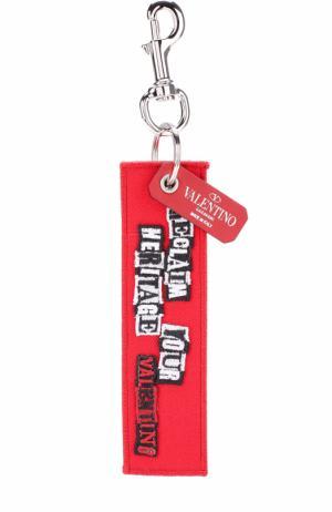 Брелок для ключей  Garavani с подвеской Valentino. Цвет: красный