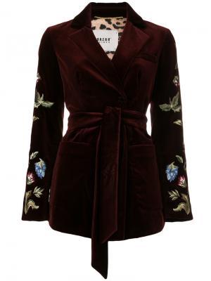 Пиджак под пояс с вышивкой Bazar Deluxe. Цвет: красный
