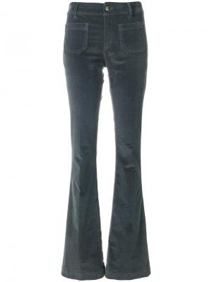 Расклешенные брюки The Seafarer. Цвет: зелёный