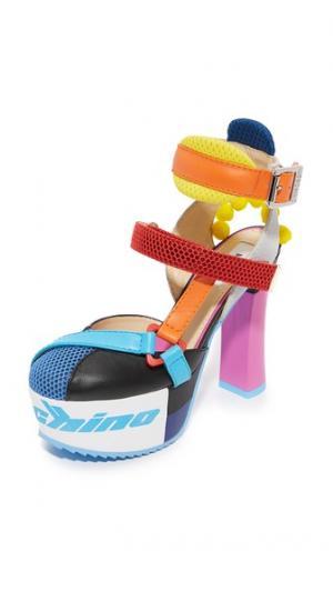 Туфли на платформе Moschino. Цвет: фантазийная расцветка