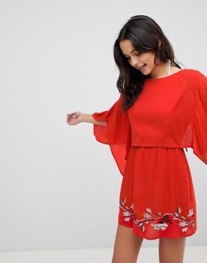 ASOS Пляжное платье с вышивкой и разрезом на спине. Цвет: красный