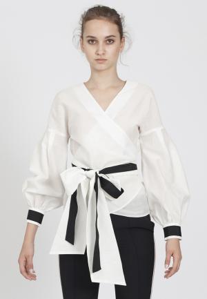 Блуза Bergamoda. Цвет: белый