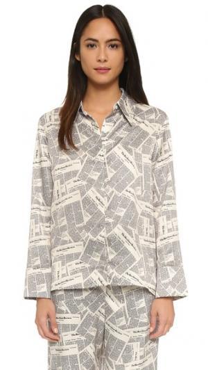 Пижамная рубашка с заостренным воротником и газетным принтом Recliner. Цвет: грязновато-белый