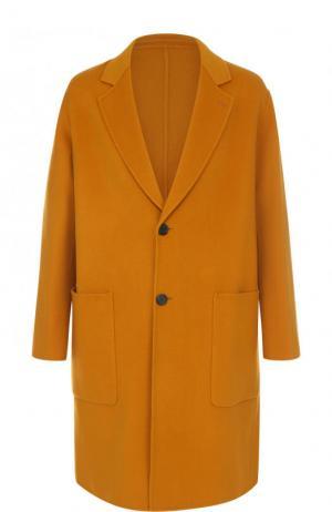 Однобортное пальто свободного кроя из смеси шерсти и кашемира Ami. Цвет: желтый