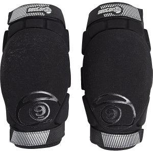 Защита на колени  Pression Elbow Black Sector 9. Цвет: черный