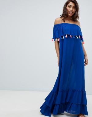 Anmol Пляжное платье макси с открытыми плечами и цветными помпонами. Цвет: синий