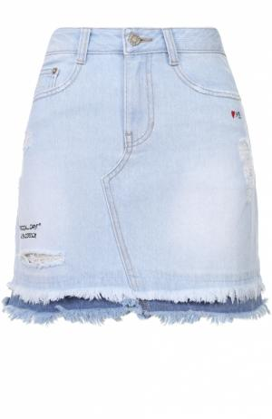 Джинсовая мини-юбка с потертостями и бахромой Steve J & Yoni P. Цвет: голубой