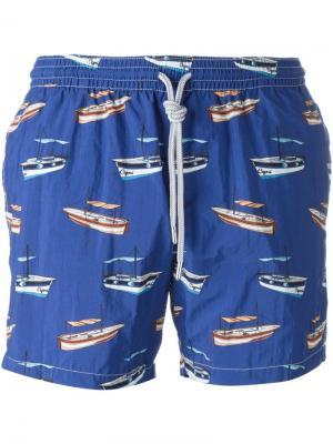 Плавательные шорты с принтом лодок Capricode. Цвет: синий