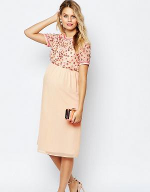 ASOS Maternity Платье миди для беременных с пайетками. Цвет: кремовый