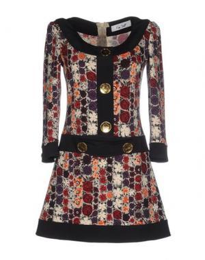 Короткое платье KEN SCOTT. Цвет: черный