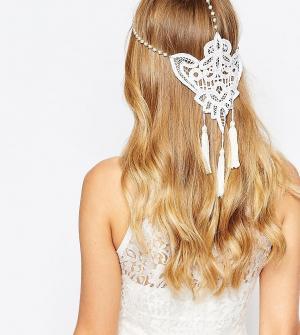 Olivia The Wolf Кружевное украшение на голову с жемчугом и кисточками. Цвет: кремовый