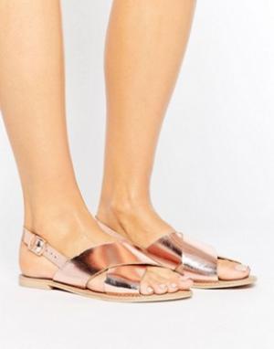 Faith Кожаные сандалии цвета розового золота. Цвет: золотой