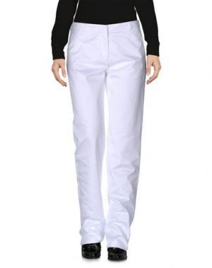 Повседневные брюки POLLINI by RIFAT OZBEK. Цвет: белый