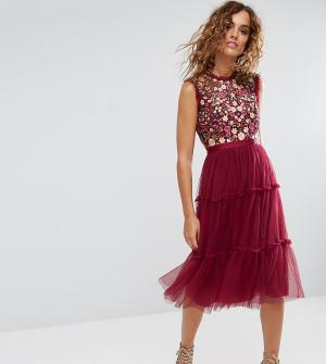 Needle & Thread Декорированное платье миди с высоким воротом и юбкой из тюля. Цвет: красный