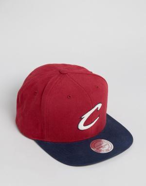 Mitchell & Ness Бейсболка Cleveland Cavaliers. Цвет: красный