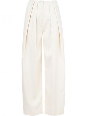 Широкие брюки со складками Vika Gazinskaya. Цвет: телесный