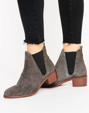 Hudson London Замшевые ботинки челси на среднем каблуке H by. Цвет: серый