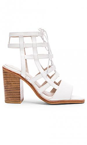 Обувь на каблуке molly Sol Sana. Цвет: белый