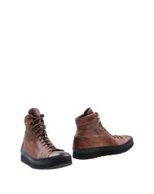 Полусапоги и высокие ботинки O.X.S.. Цвет: коричневый