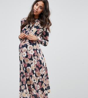 Bluebelle Maternity Платье миди с бантиком для беременных. Цвет: мульти