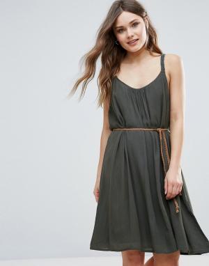 B.Young Летнее платье с поясом. Цвет: зеленый