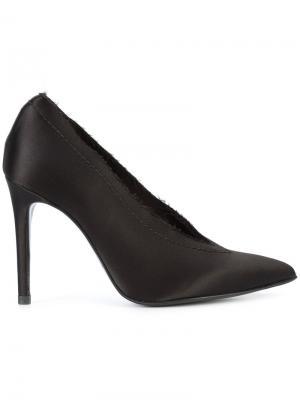Туфли с заостренным носком Pedro Garcia. Цвет: чёрный