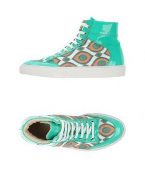 Низкие кеды и кроссовки ALBERTO MORETTI. Цвет: зеленый