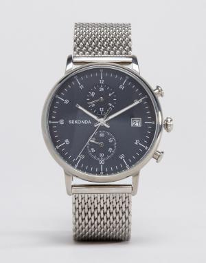 Sekonda Серебристые часы с хронографом и сетчатым браслетом. Цвет: серебряный