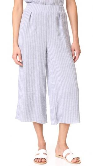 Юбка-брюки Twilight Sky Suboo. Цвет: голубой