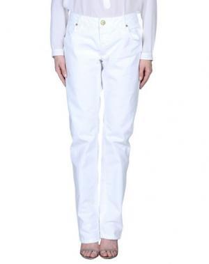 Джинсовые брюки SOCCX. Цвет: белый