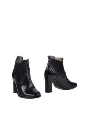 Полусапоги и высокие ботинки PREVENTI. Цвет: черный