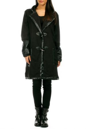 Пальто Pomme rouge. Цвет: черный