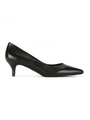 Leather pumps Serpui. Цвет: чёрный