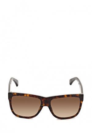 Очки солнцезащитные Alexander McQueen. Цвет: коричневый