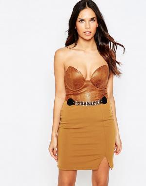 Rare Короткое платье бандо из искусственной кожи с поясом. Цвет: коричневый