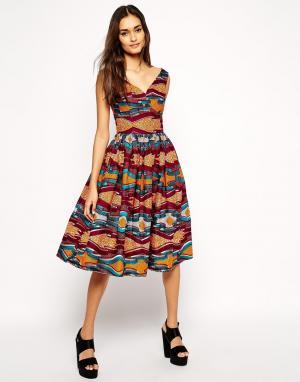 Sika Приталенное платье с пышной юбкой и приспущенными плечами X Asos. Цвет: принт-галочка