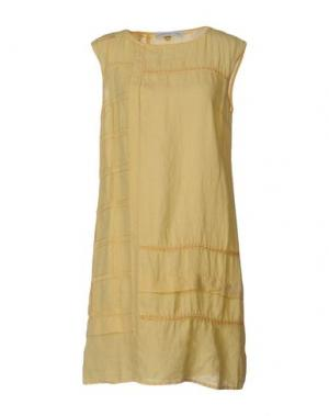 Короткое платье LA FABBRICA DEL LINO. Цвет: желтый