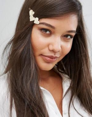 Orelia Заколка для волос с тремя сердечками. Цвет: золотой