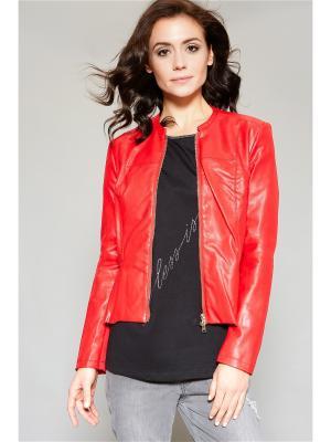 Куртка Oltre. Цвет: красный