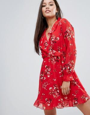 Boohoo Платье с длинным рукавом, запахом и оборками. Цвет: мульти
