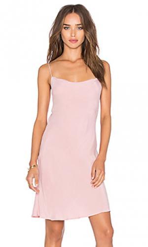 Платье debbie AGAIN. Цвет: розовый