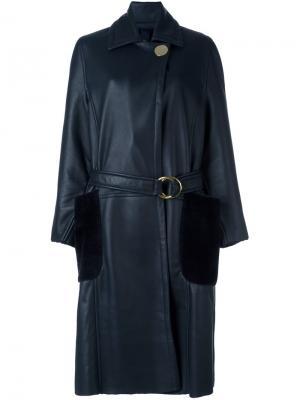 Удлиненное пальто из овчины с поясом Petar Petrov. Цвет: синий