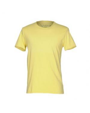 Футболка WOOL & CO. Цвет: желтый