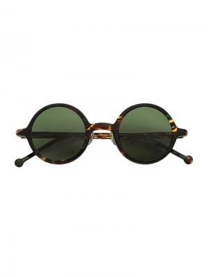 Солнцезащитные очки в круглой оправе Hakusan. Цвет: многоцветный