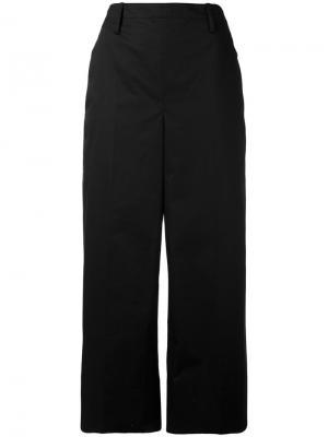 Широкие укороченные брюки Lemaire. Цвет: чёрный