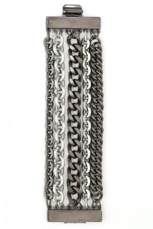 Браслет из посеребренного олова Ben-Amun. Цвет: серебряный