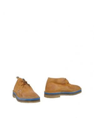 Полусапоги и высокие ботинки LE CROWN. Цвет: желто-коричневый
